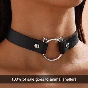 🐾 Faux Leather Cat Emblem Choker Snap Necklace
